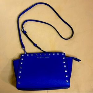 Michael Kors Salma Stud leather Crossbody blue bag